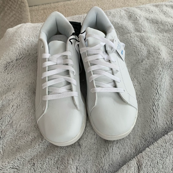 Time and Tru Shoes   Time Tru White